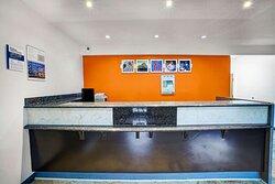 Motel La Vale Cumberland Lobby