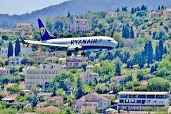 Spektakuläre Landeanflüge auf den Flughafen Korfu