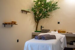 4 Elements - New Massage Studio