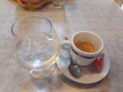 Café y copa de orujo