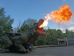 Der Further Drache speit Feuer!