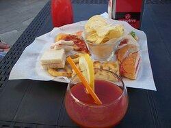 stuzzichini e Bloody Mary