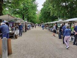 Openlucht antiekmarkt Haarlem