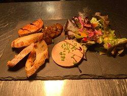 Duo de foie gras chutney de poires et mangues