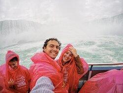 Queen Tour Niagara Falls Tours