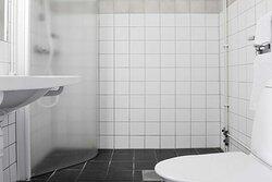scandic segevang bathroom