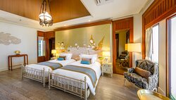 03 Two-Bedroom Beachfront Pool Villa 06
