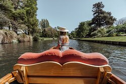 The George - Punting on the Avon 2