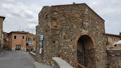 """Via S. Saloni, starting from the center towards the south, ends at one of the six well-preserved gates of the medieval city, """"Porta Cerbaia""""."""