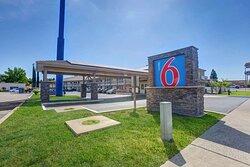 Motel Anderson CA Redding Airport exterior