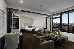 Premier Spa Suite