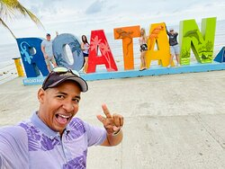 Exploring Roatan with the Poole Family