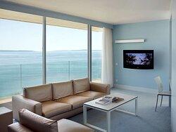Junior Suite - Sea View & Balcony
