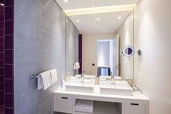Premium Junior Suite - Bathroom