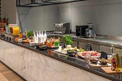 RBG Grill buffet breakfast