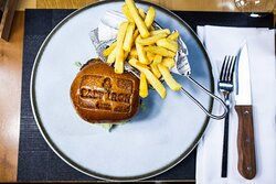 Cast Iron Grill - Burger & Fries
