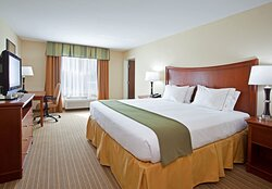 Our executive suites double as a family suite, giving you privacy