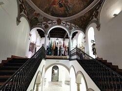 Escalera principal del Palacio Arzobispal.