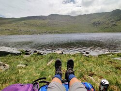 resting by the tarn on our descent