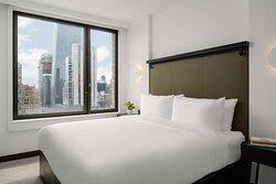 Midtown Arlo Suite bed