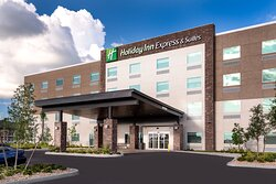 The brand new Holiday Inn Express & Suites welcomes you home.