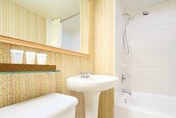 1 Bedroom Studio Bathroom