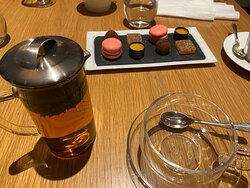 PETITE FOURS WITH PEPPERMINT TEA