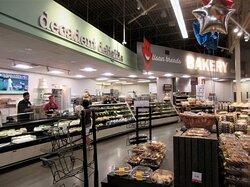 Hy-Vee: Bakery department. July 2021