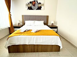 4 NO - XL - DOUBLE BED
