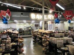 Hy-Vee: Bakery. July 2021