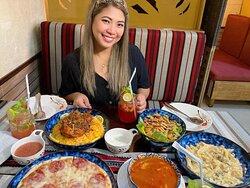 Al Mandoos Restaurant & Cafe Offering Authentic Arabic & International Cuisine.