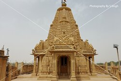 """Top most floor of the temple .....,seamless patterns, geographic & gematrical patterns combinations , everywhere seen superb carvings on sandstone, beautifully crafted sculptures and fantastic carved domes. The all side walls carry the intricate Jali or lattice work in stone in very large scale with different seamless patterns combination..... """"Amar Sagar Jain Temple"""" ,Jaisalmer, Rajasthan , India . It is located adjacent to the Amar Sagar Lake and south of Lodurva,"""
