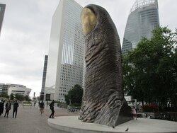 Sculpture de César, Le pouce
