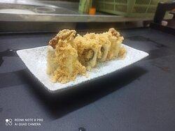 Soft shell crab floss maki