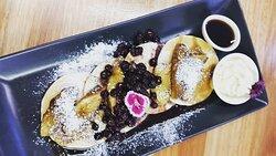 Persimmon Lane Cafe. Persimmon Lane Blueberry Pancakes :))