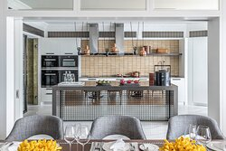 Oriental Suite - Kitchen