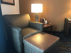 Accessible room, Best Western Inn and Suites, Lincoln,  NE - very comfortable chairs!