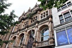 2.  Thomas Cook Building, Gallowtree Gate, Leiceste