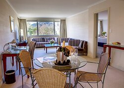 Rutherford Hotel Nelson Deluxe Suite Lounge 2021