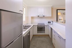 adina serviced apartments canberra kingston two bedroom apartment kitchen