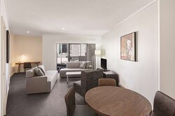 adina apartment hotel perth barrack plaza premier one bedroom apartment lounge room