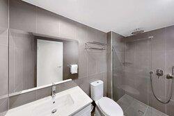 adina serviced apartments canberra dickson guest bathroom