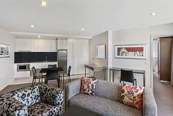 adina serviced apartments canberra dickson one bedroom loung room