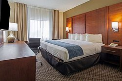 Guest room with one bed