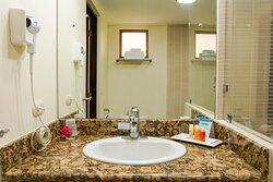 Bathroom BeachFront rooms