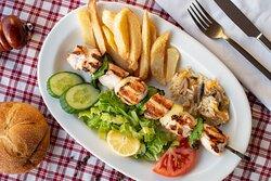 Chicken kalamaki with potatoes