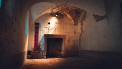 Anciennes Prisons Royales