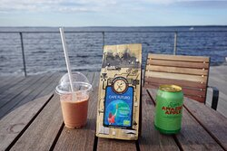 Smoothies, local soft drinks and coffee powder to take home