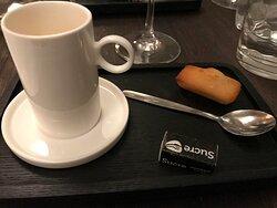 Café en fin de repas.