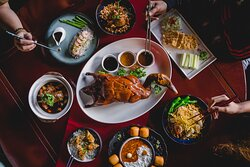 Savour a medley of time-honoured Chinese delicacies and popular fare reimagined with an artisanal flair